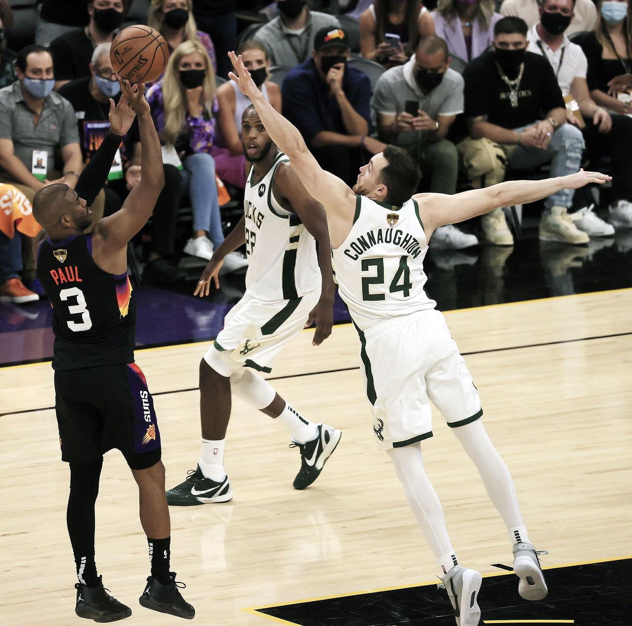 Los Suns ganan el primero