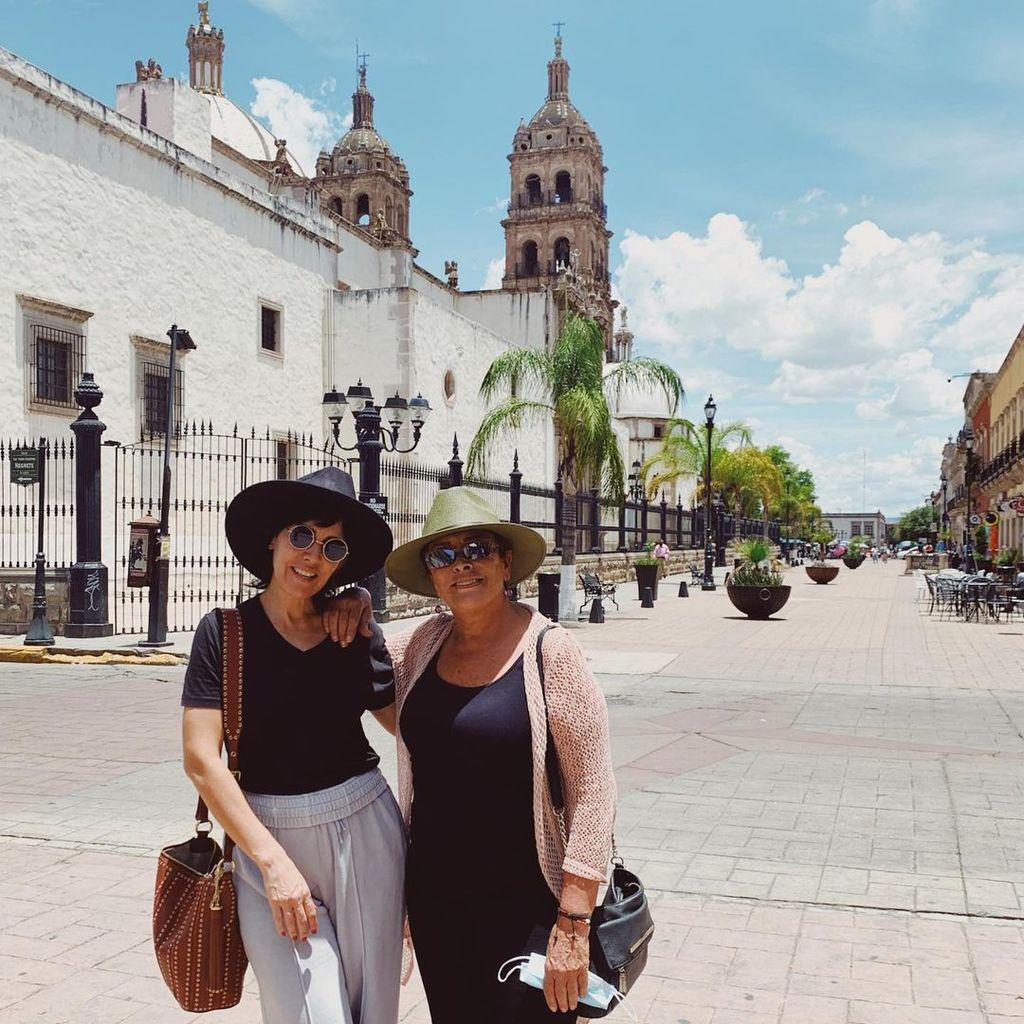 Stephanie Salas presume visita a Durango con Sylvia