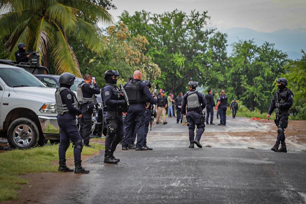 Pese a incremento de violencia en Aguililla, AMLO insiste en abrazos, no balazos