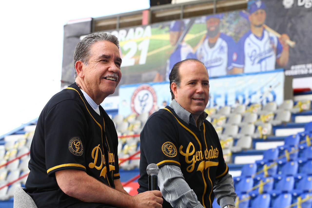 Presentan a Eddie Díaz en Venados