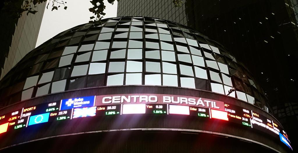 La Bolsa Mexicana de Valores retrocede uno por ciento