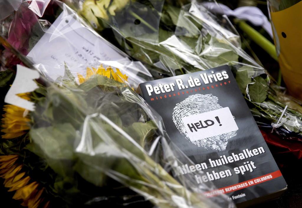 El tiroteo a un famoso periodista de investigación moviliza a las autoridades en Países Bajos
