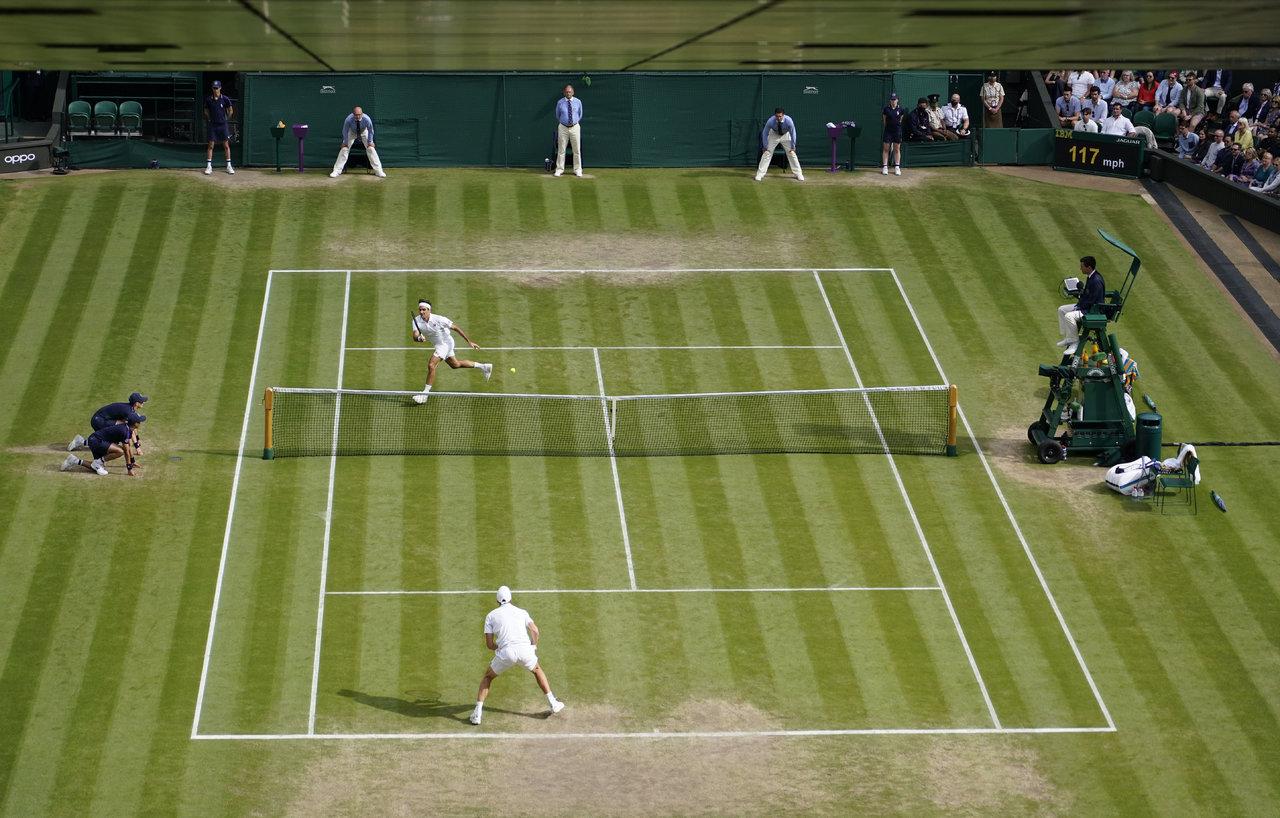 Roger Federer le dice adiós a Wimbledon
