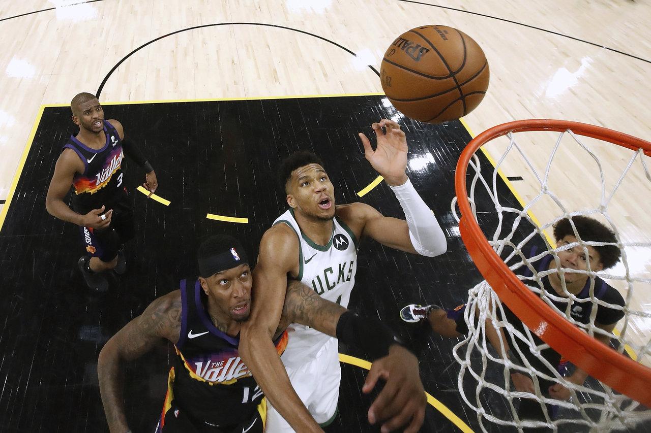 Suns ganan el primer partido de las Finales de la NBA ante los Bucks