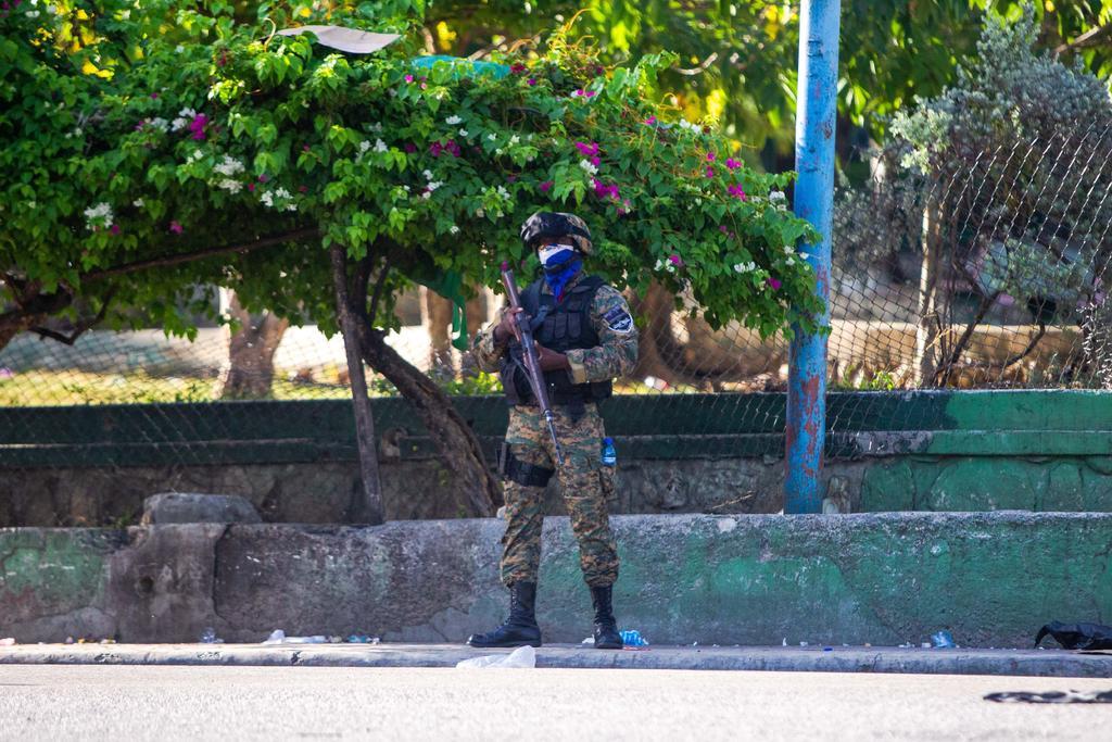 Cuatro presuntos asesinos de Jovenel Moise son baleados y dos más arrestados