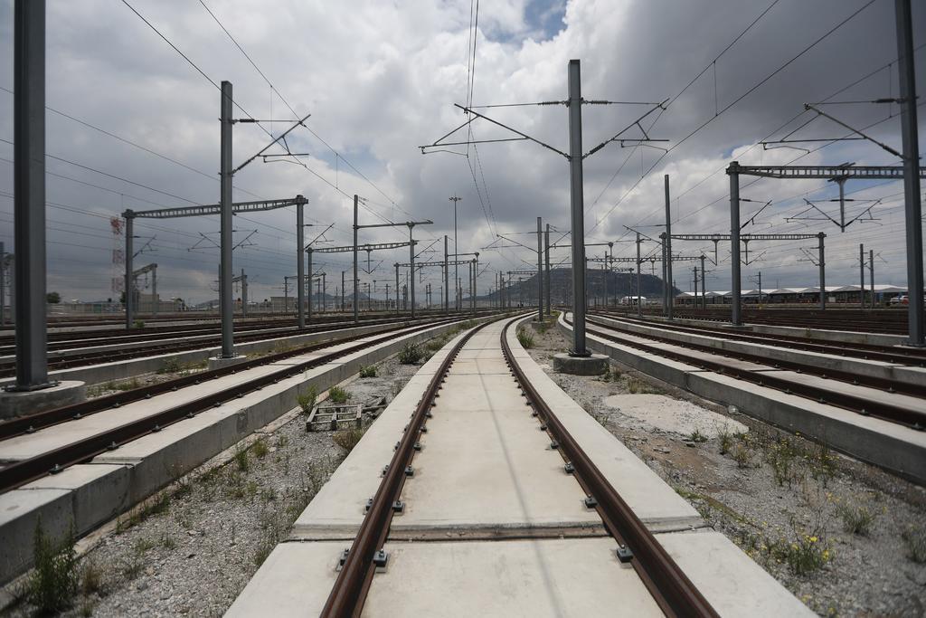 Tren México-Toluca cumple siete años desde el inicio de obras