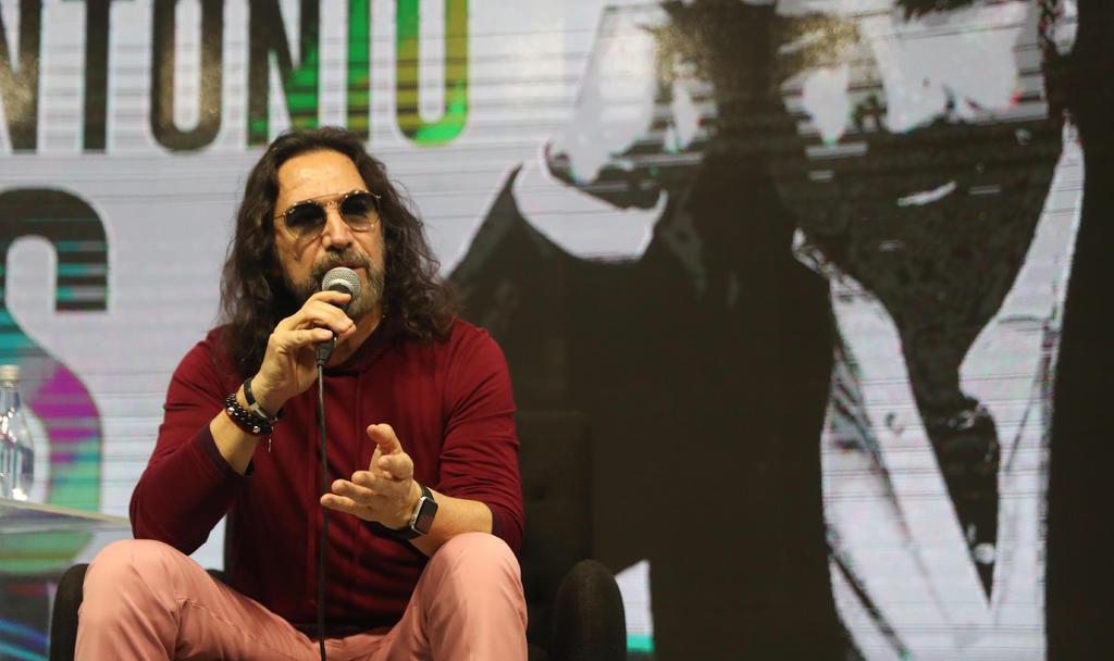 Marco Antonio Solís contribuyó para saldar deuda de familia Zamacona