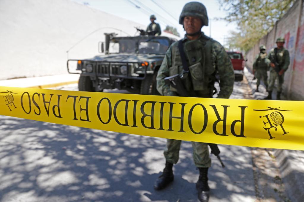 Las autoridades de Guadalajara localizan 56 bolsas con restos humanos