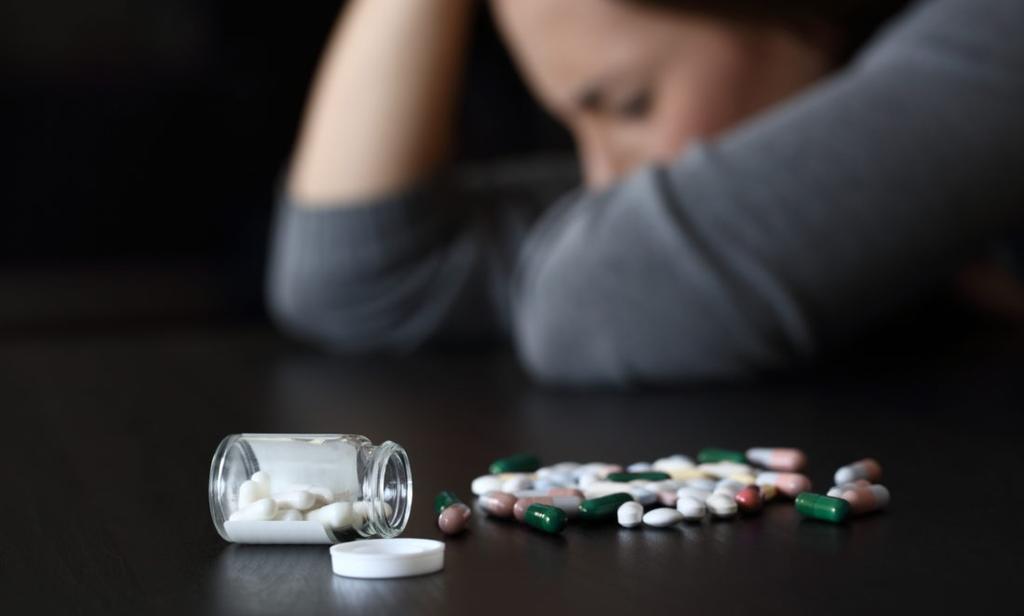 Advierten peligro en apps para dejar las drogas