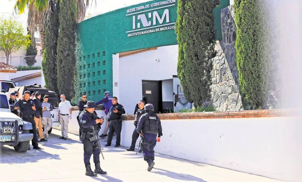 Autoridades aseguran a 186 migrantes centroamericanos en Puebla