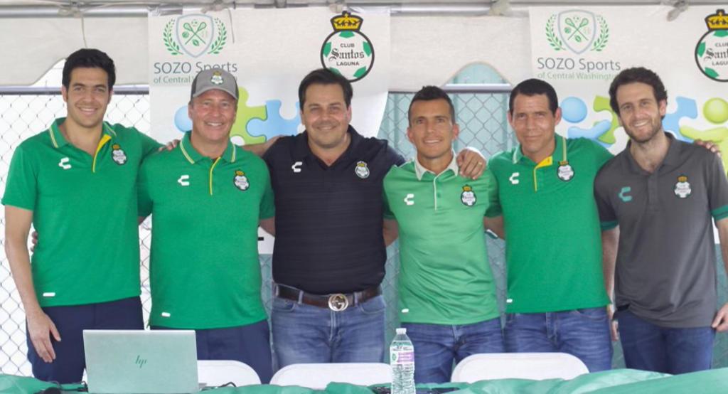 Santos Laguna inaugura academia de futbol en Washington