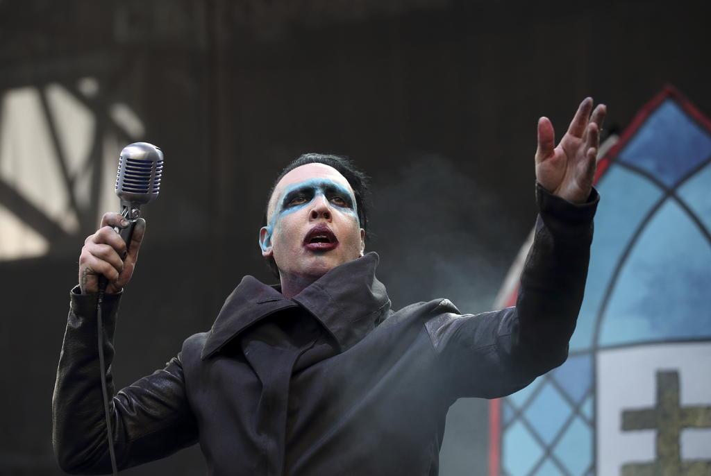 Marilyn Manson se entregó a la policía tras denuncia por agresión