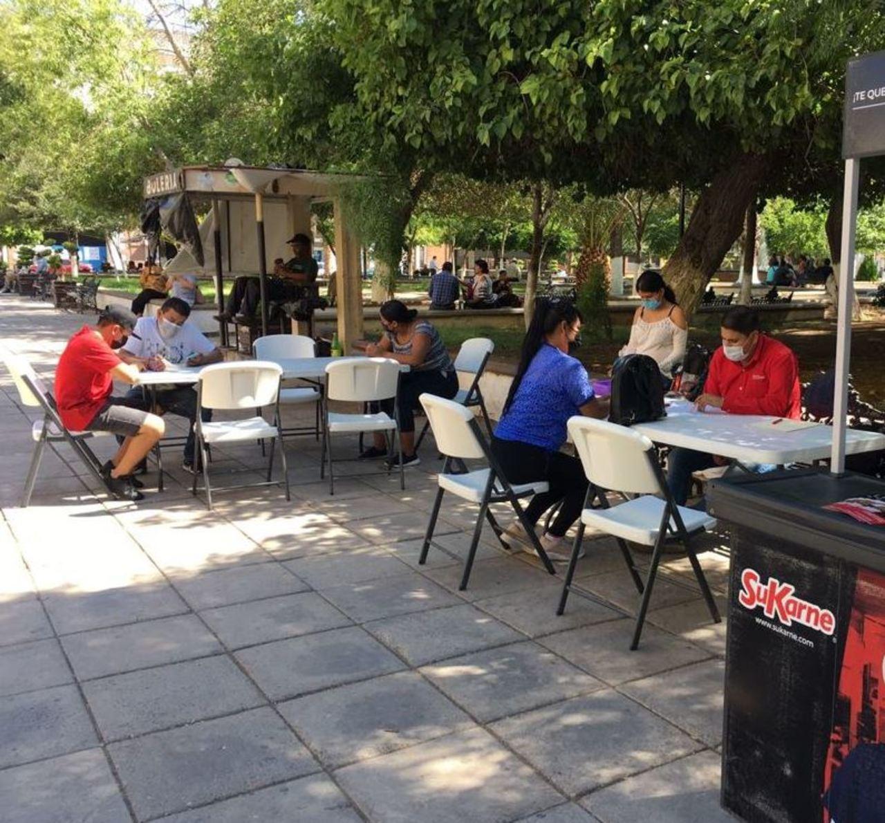 Van cuatro ferias del empleo en Gómez Palacio