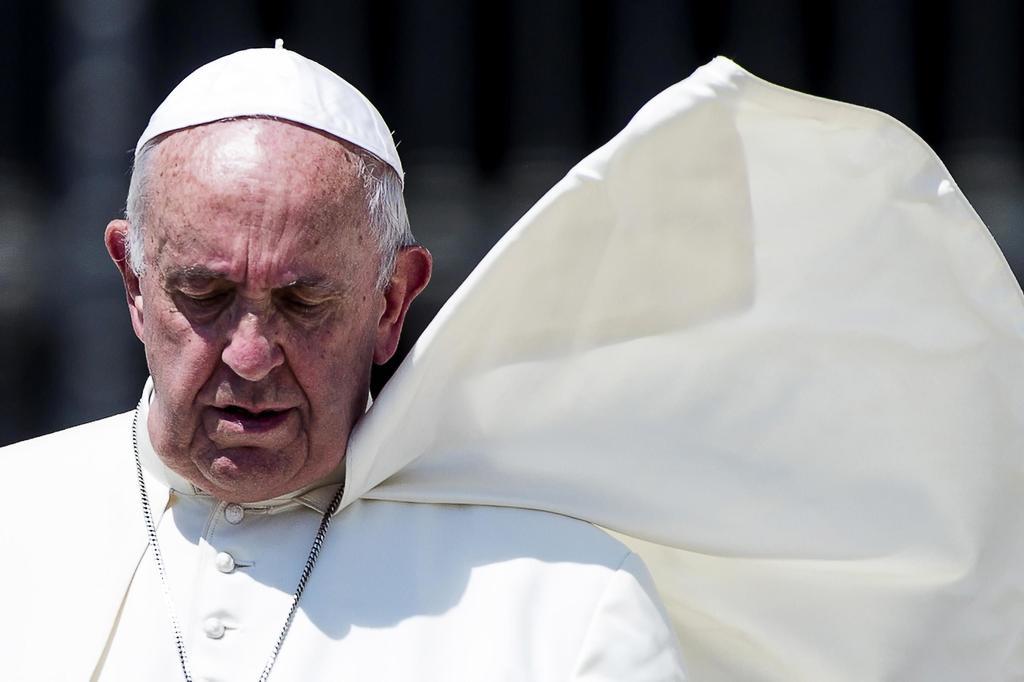 Papa Francisco pasará unos días más en Roma tras su operación