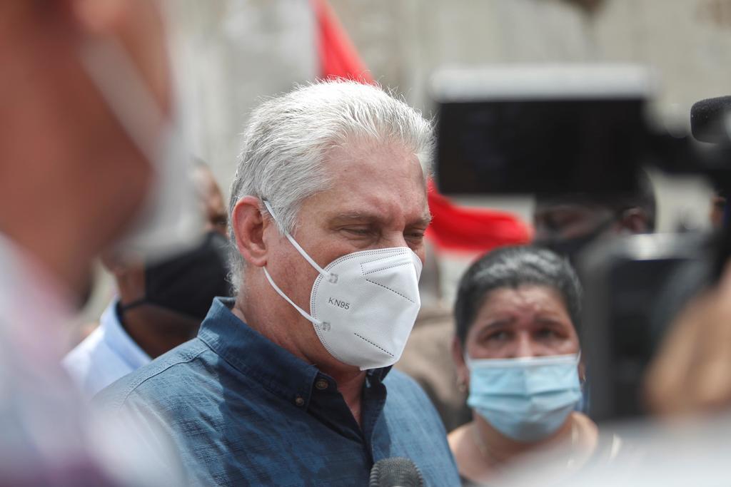 Miguel Díaz-Canel comparece en televisión para 'esclarecer acciones de descrédito' en Cuba