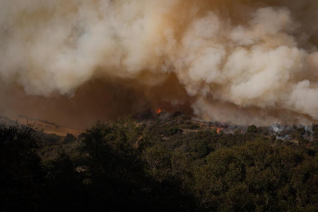 Incendio activo en Estados Unidos quema un área tres veces superior a San Francisco