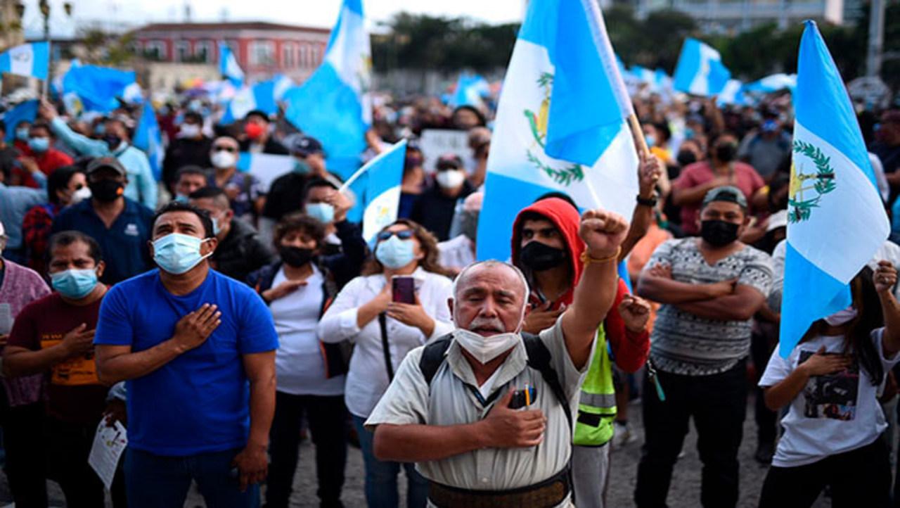 Guatemala: Presidente plantea el estado de prevención por protesta