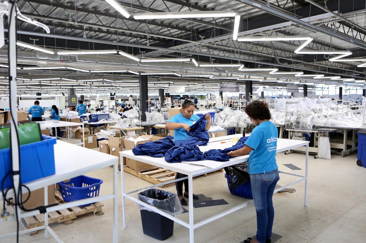 Sostiene construcción recuperación industrial en mayo, revela el Inegi