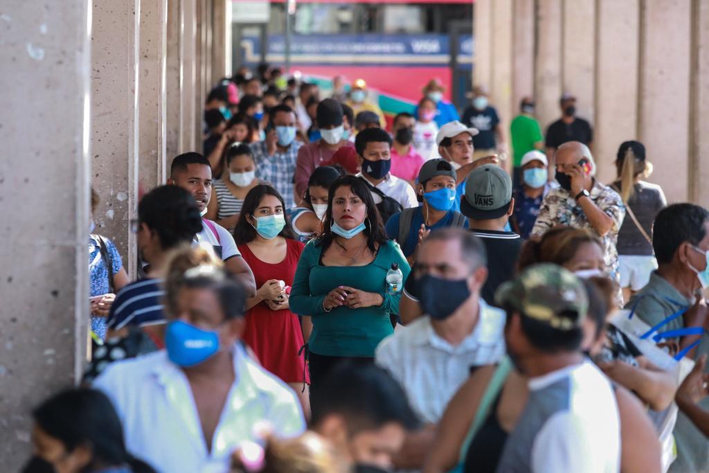 AMLO califica como 'incipiente' la tercera ola de COVID-19 en México