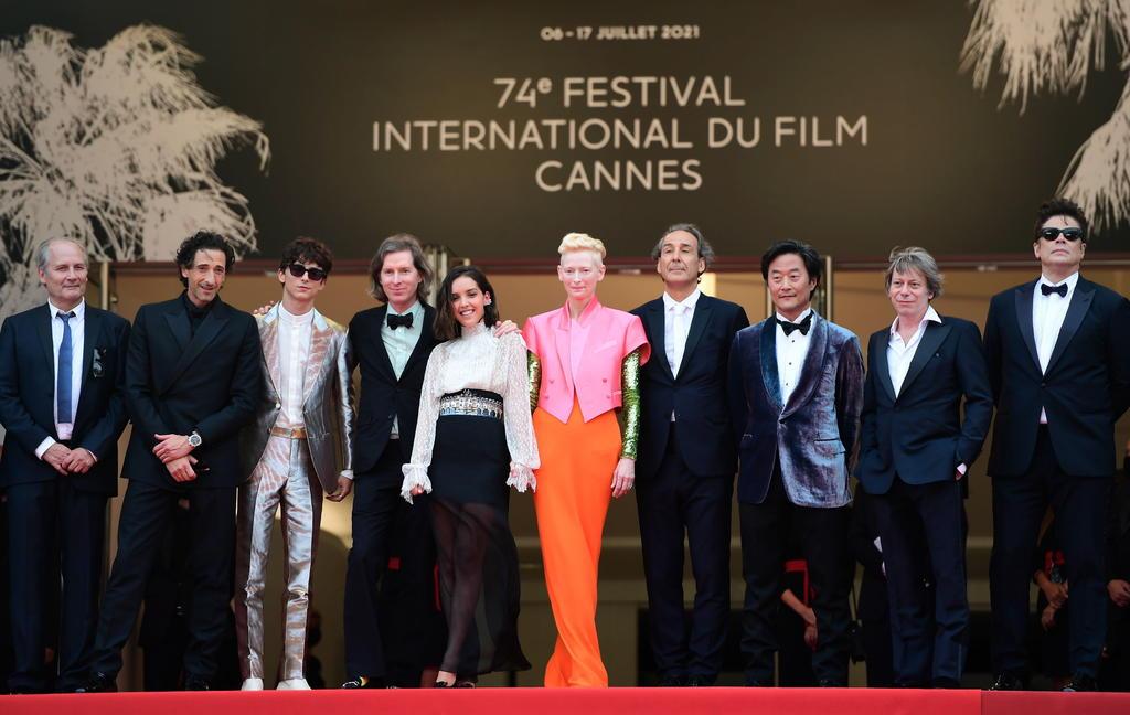 Tilda Swinton y Timothée Chalamet encabezan desfile de Hollywood en Cannes
