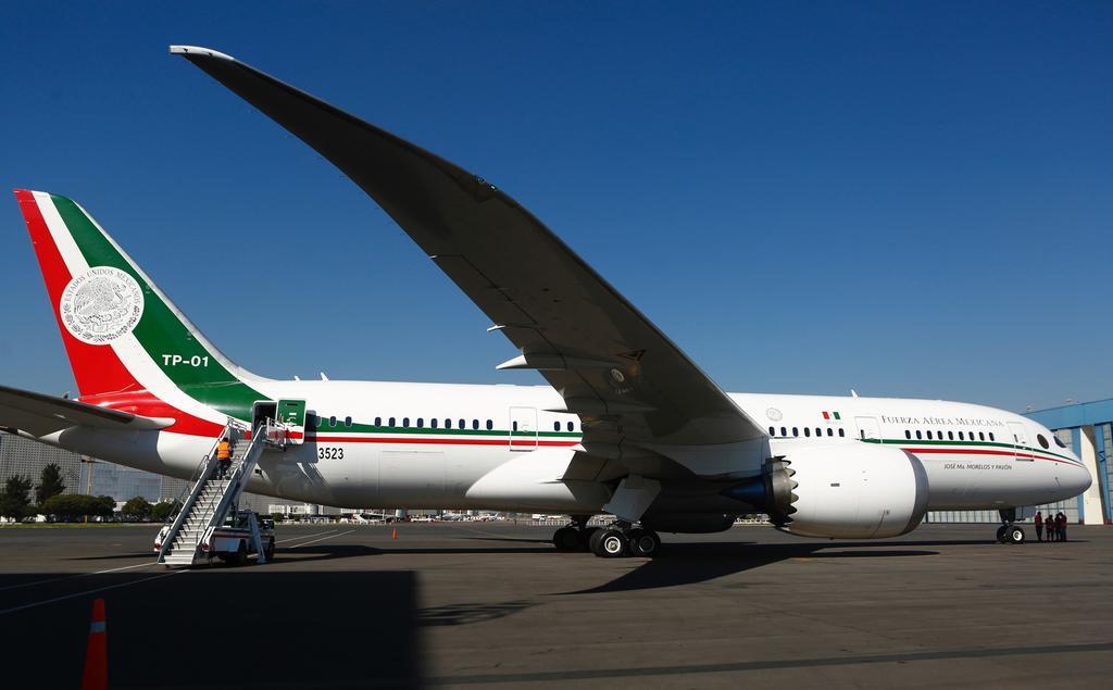 AMLO ofrece avión presidencial a las aerolíneas, para trasladar invitados a fiestas de lujo