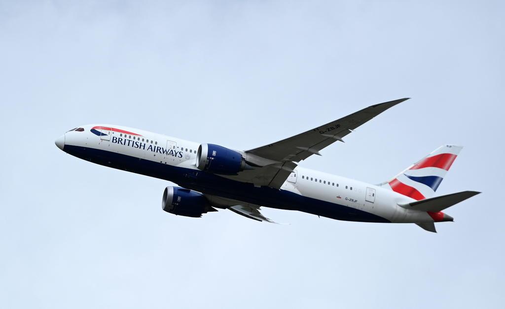 Un nuevo defecto en el Boeing 787 Dreamliner podría ralentizar su producción
