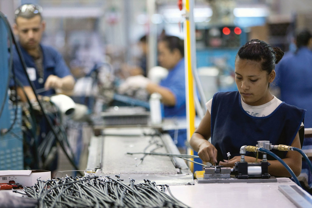 Especialista asegura que la ley del outsourcing necesita prórroga en México