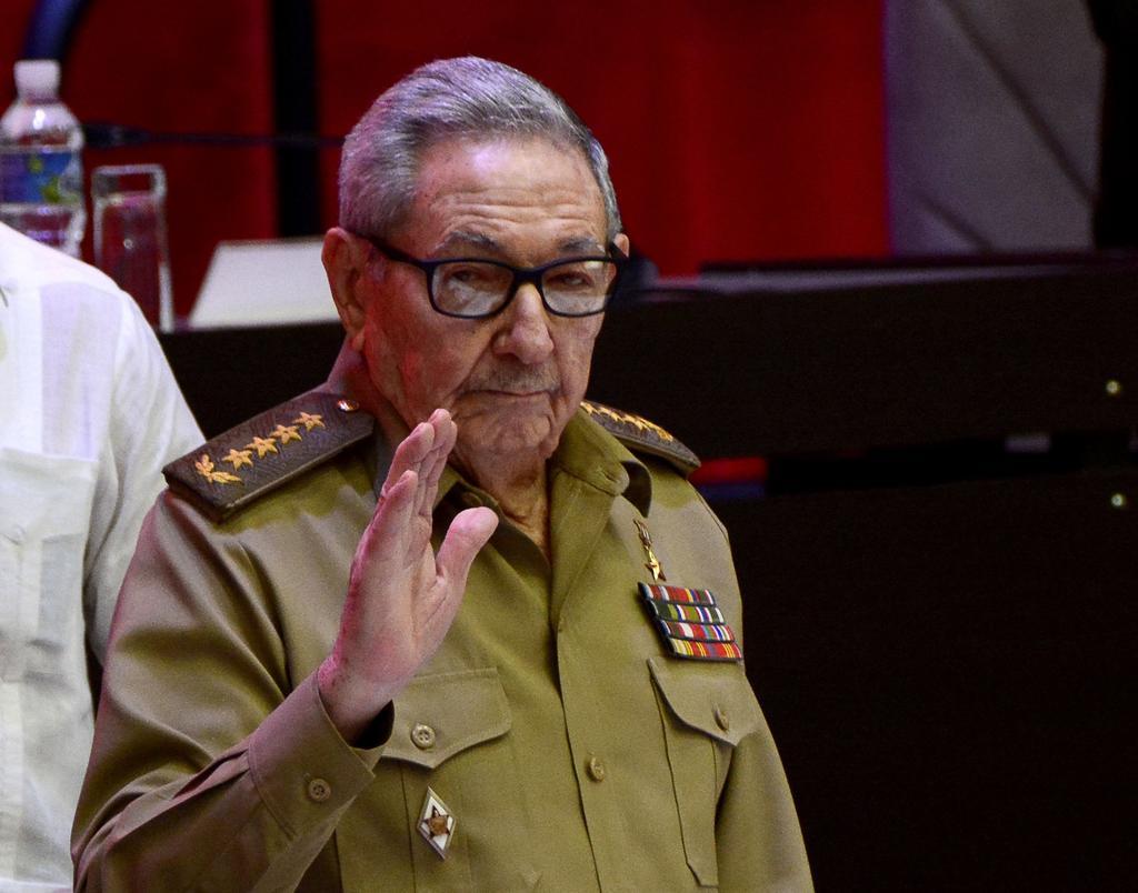 El expresidente Raúl Castro participa en reunión tras protestas en Cuba