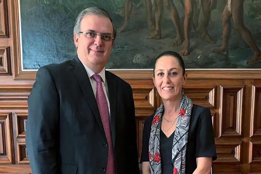 'Está bien, cualquiera puede', dice Sheinbaum sobre destape de Ebrard por la presidencia de México en el 2024
