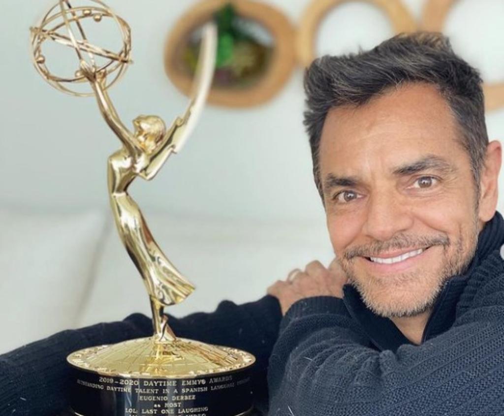 Eugenio Derbez presume en redes su primer Emmy