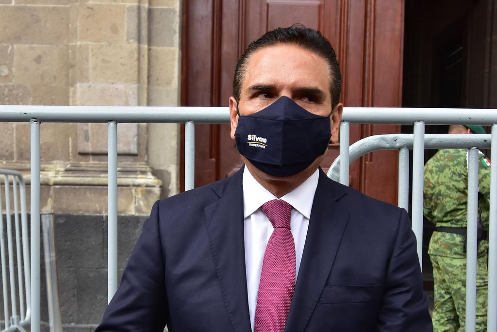 Aureoles acude al INE; expresa 'inquietudes' sobre proceso electoral en Michoacán