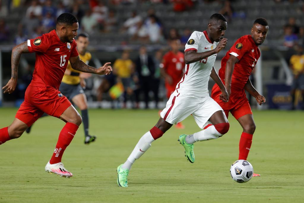 Panamá rescata empate 3-3 ante Qatar