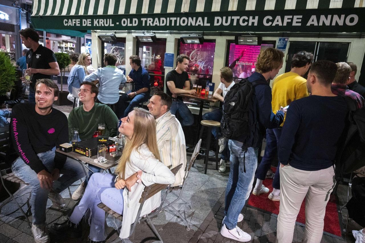 Aumentan 500% los contagios en Holanda
