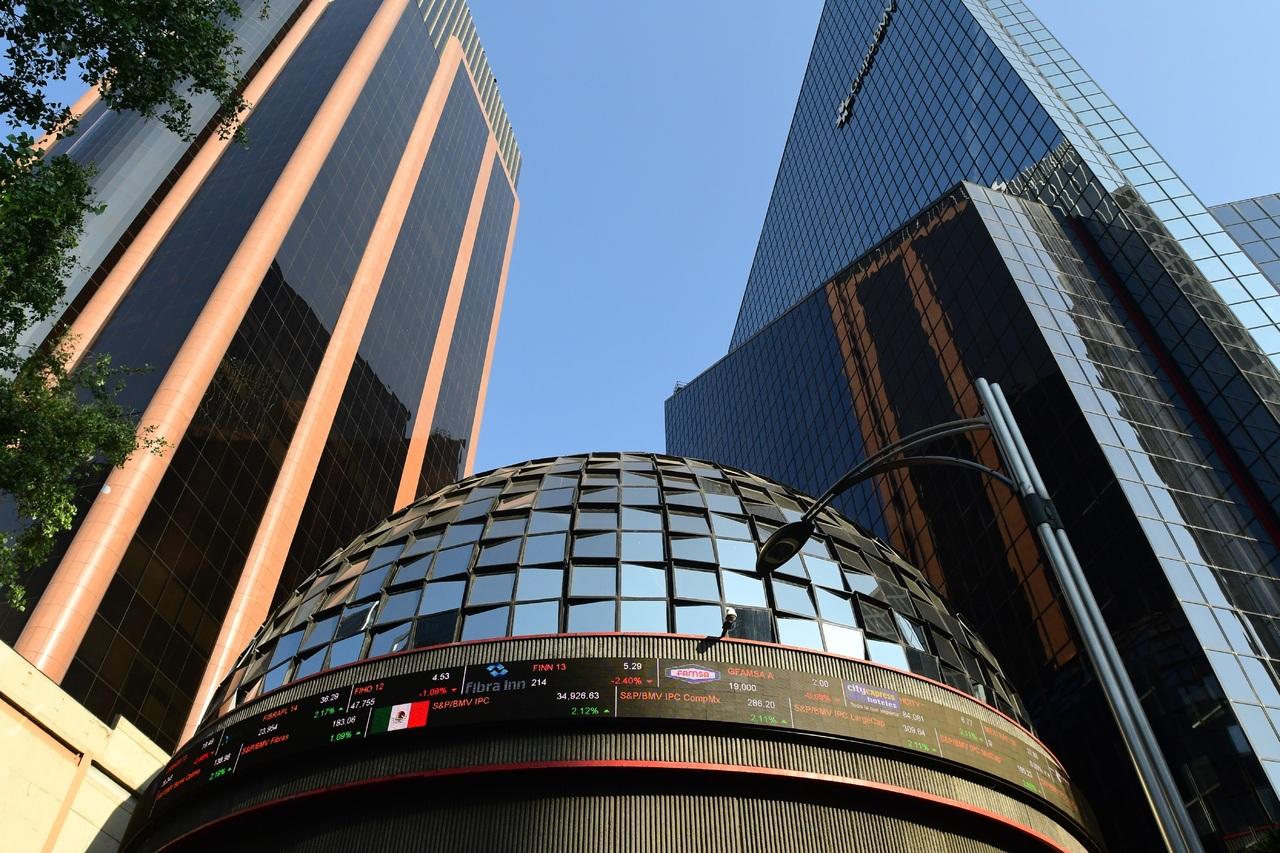 Retrocede 1.03% la Bolsa Mexicana de Valores, revelan