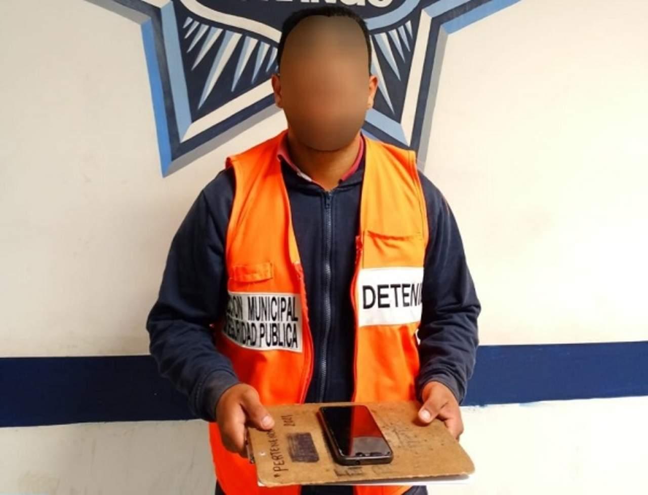 Detienen a presunto ladrón de un celular