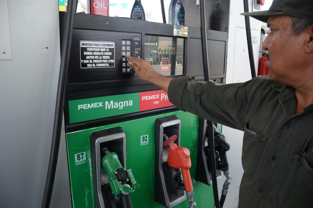 Precio de la gasolina se dispara 18% anual en La Laguna
