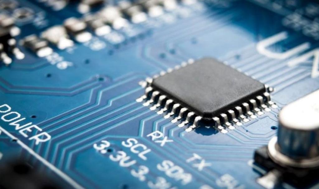 Escasez de chips genera problemas a la venta de PC