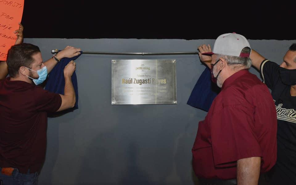 La directiva de los Algodoneros del Unión Laguna reconoce a Raúl Zugasti