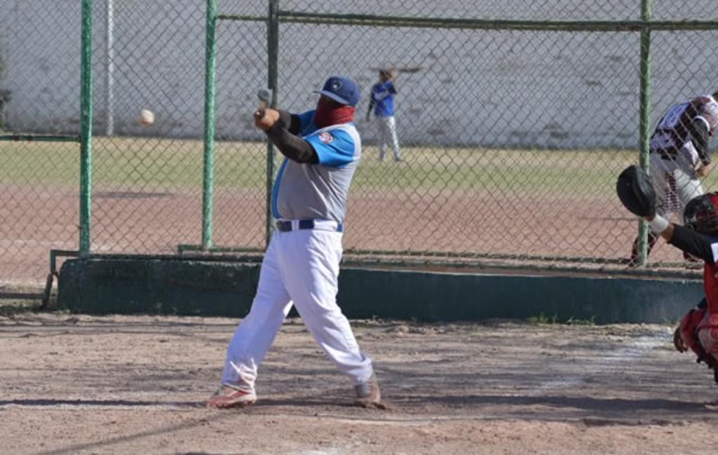 Grandes batazos en beisbol Súper Máster de La Laguna