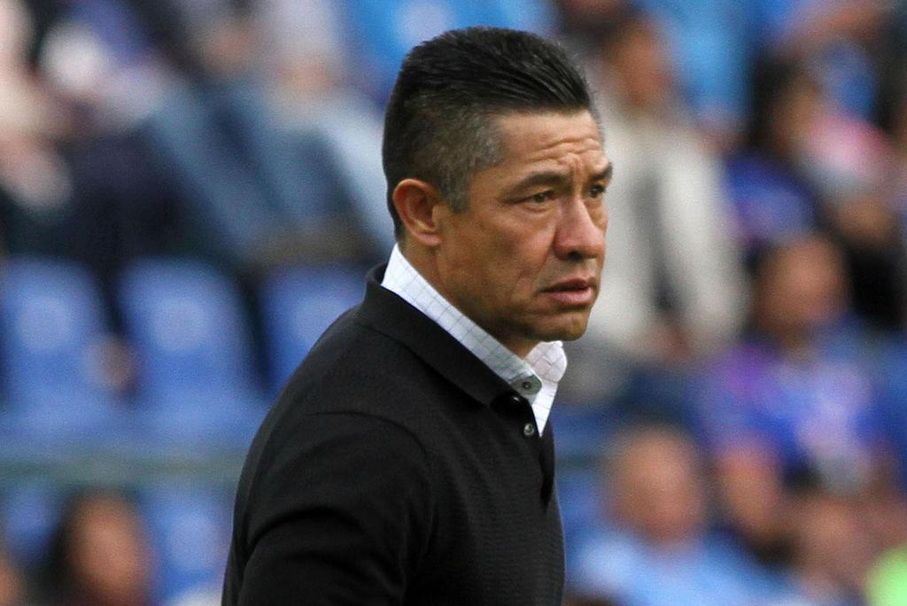 Nacho Ambriz dice que al Huesca no le alcanza para llevar mexicanos