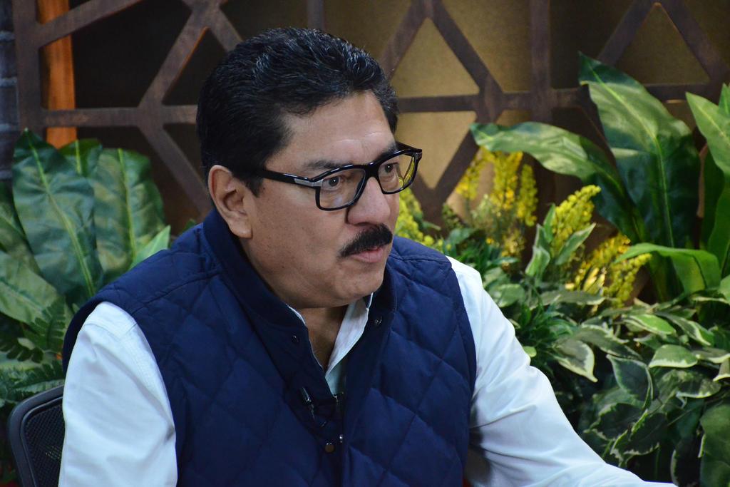 Ulises Ruiz denuncia inicio de proceso de expulsión del PRI