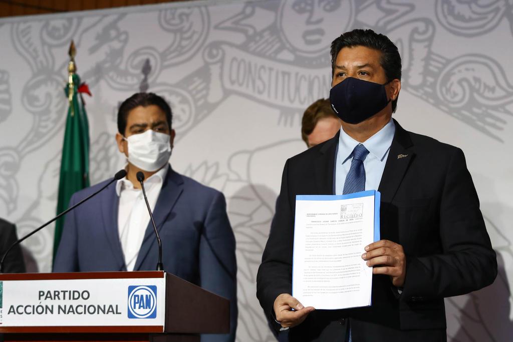 Legisladores impulsan controversia contra blindaje al gobernador García Cabeza de Vaca