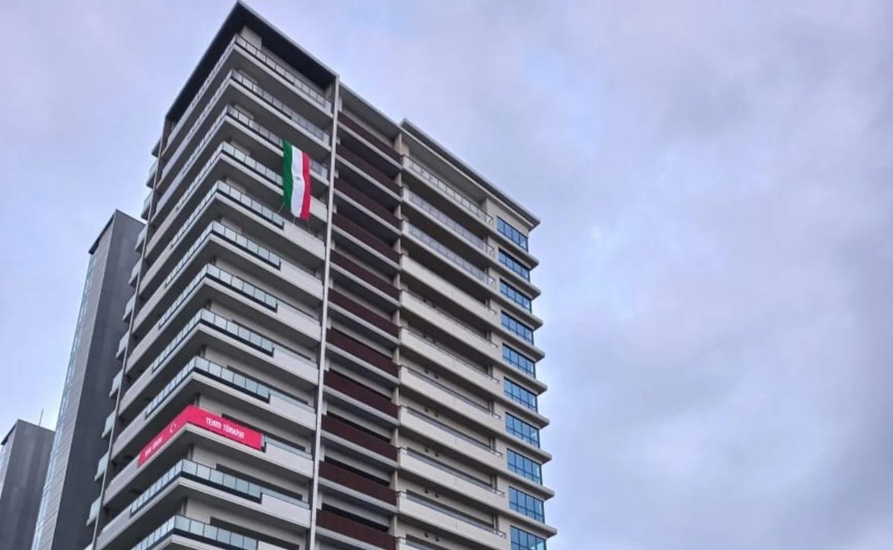 Bandera de México ya ondea en laVilla