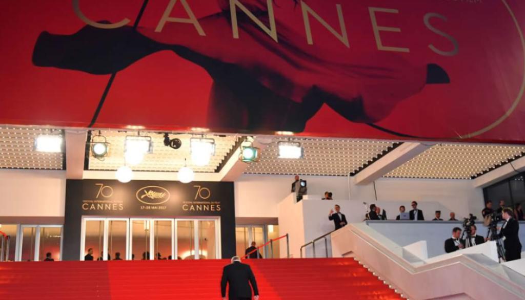 Palacio de Festivales de Cannes es evacuado de forma parcial y temporal por un paquete sospechoso