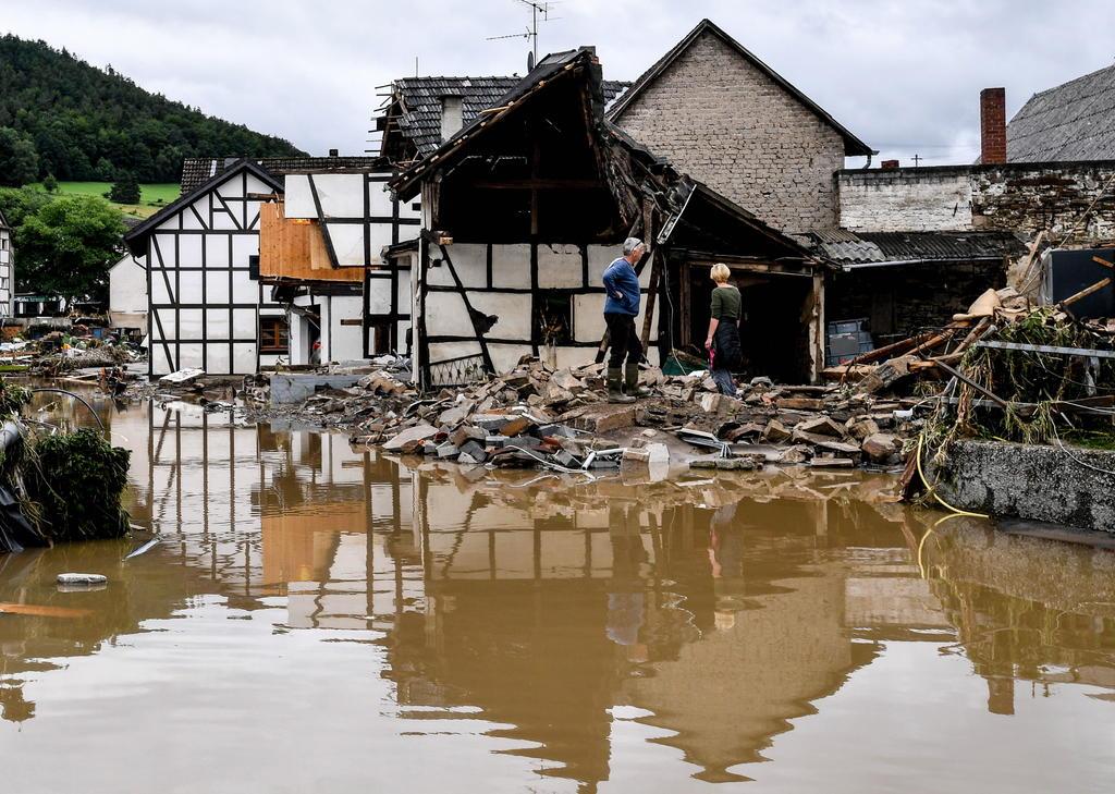 Devastadoras inundaciones al oeste de Alemania dejan al menos 42 muertos