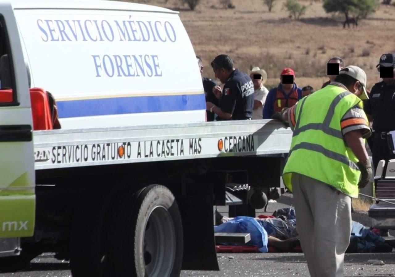 Volcadura en Tepehuanes deja a varón sin vida