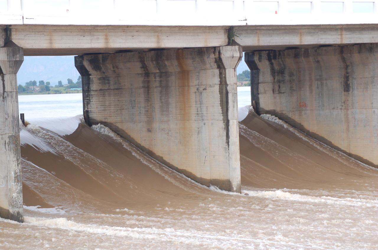 Ya derraman tres presas de Durango