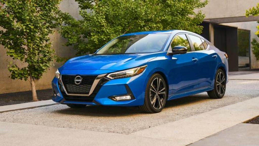 Profeco emite alerta por posibles fallas en autos Nissan, Volvo y Volkswagen