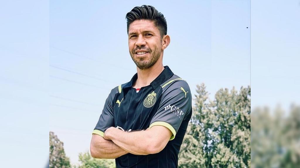 Revelan nuevo uniforme de Chivas de cara al Apertura 2021