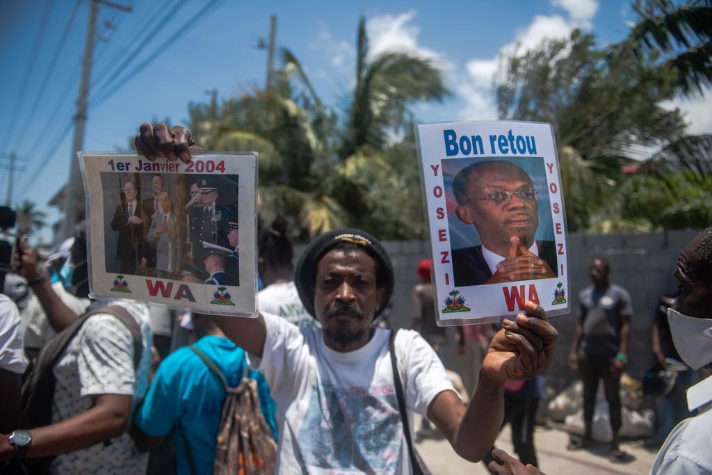 Expresidente Jean-Bertrand Aristide regresa a Haití tras tratarse contra COVID en Cuba
